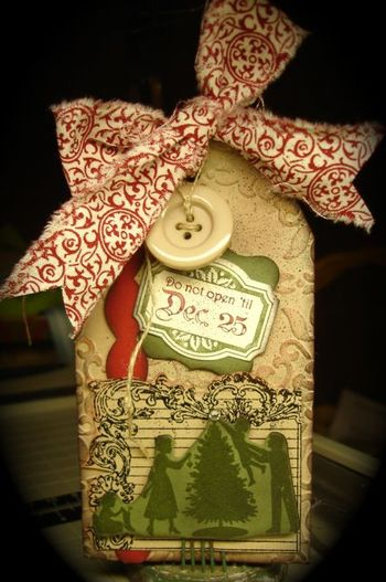 Stampin' Up! Color Spritzer Tool Christmas Tag