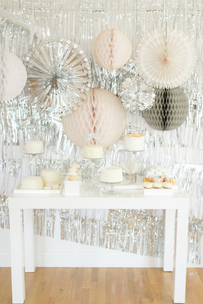 Metallic wedding decor