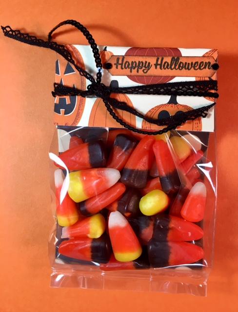 Spooky-halloween-treat-bag-2