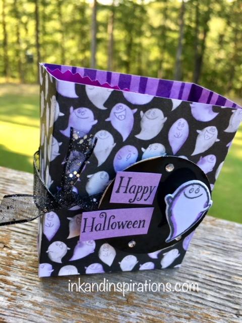 12wks187-ghost-treat-bag-b