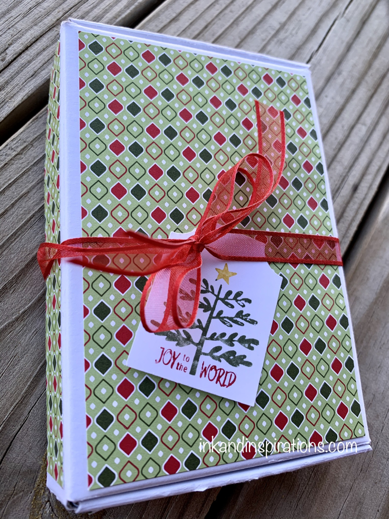 2020- diy-christmas-gift-box