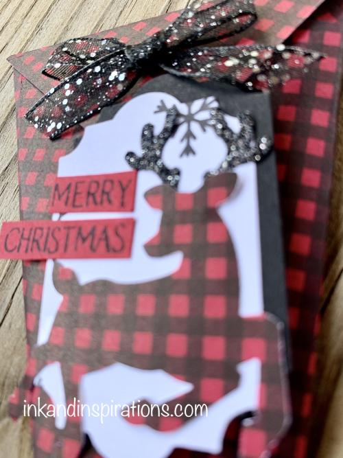 Christmas-treat-cone-peaceful-deer